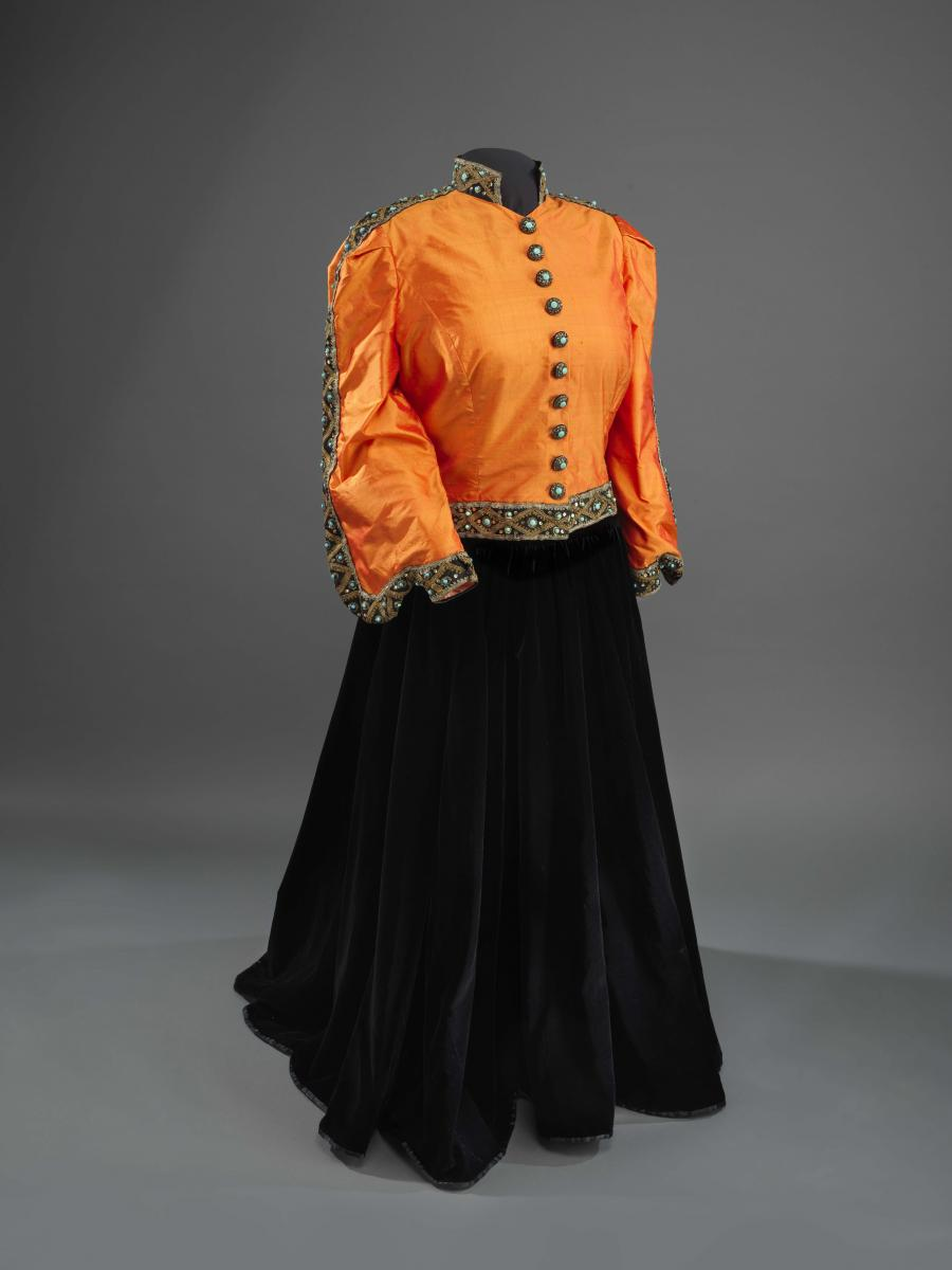 Ensemble associated with Marian Anderson's 1939 Lincoln Memorial concert, 1939 (modified 1993), Collection of the Smithsonian National Museum of African American History and Culture, Gift of Ginette DePreist in memory of James DePreist
