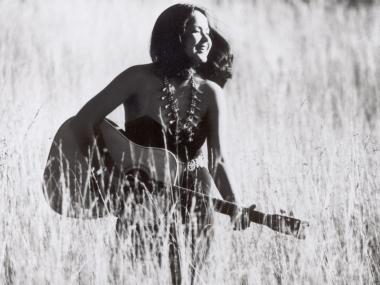 Joanne Shenandoah, photograph by Steve Wall.