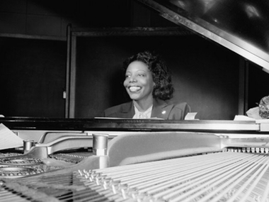 Portrait of Mary Lou Williams, CBS studio, New York, N.Y., ca. April 1947. Courtesy of William P. Gottlieb/Ira and Leonore S. Gershwin Fund Collection, Music Division, Library of Congress